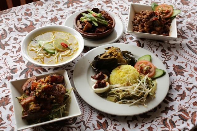 Enjoy a Bali Feast
